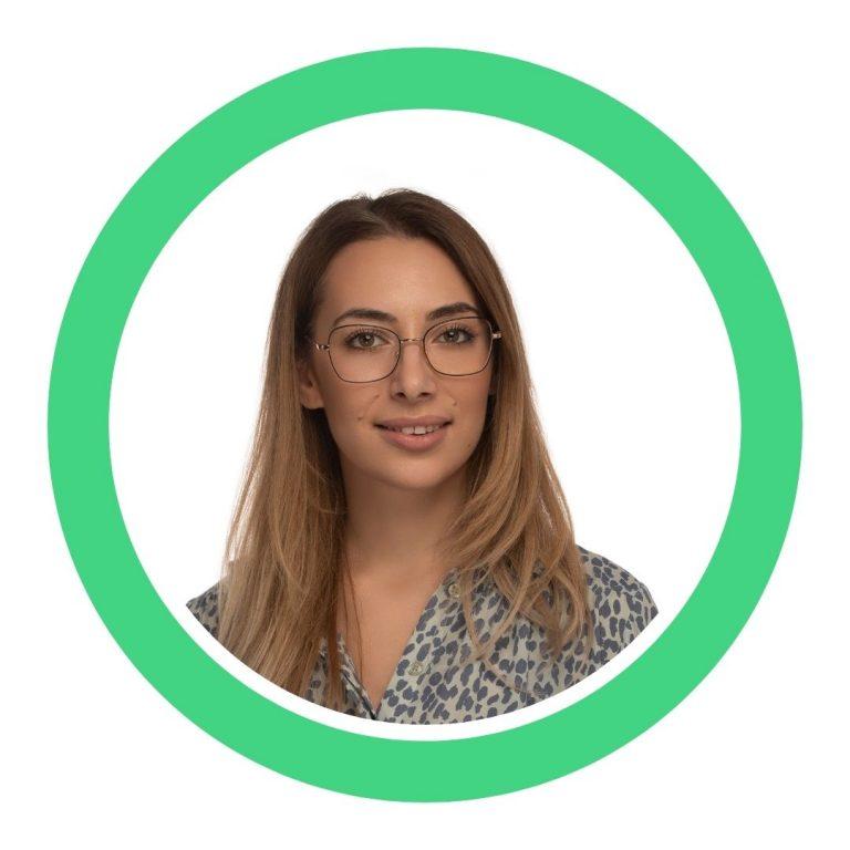 Andreea Ghergescu - EgoDent - Dentist Român în Londra - Clinică Dentară în Londra